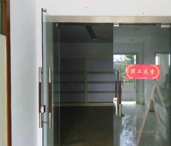 广州千般就厂房办公室装修项目开工啦!