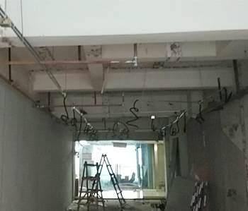 优佳尚品300方办公室装修施工现场